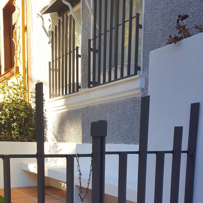 Verjas en hierro para vivienda pareada en Bilbao