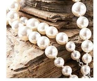 Joyería en perlas cultivadas y piedras semipreciosas