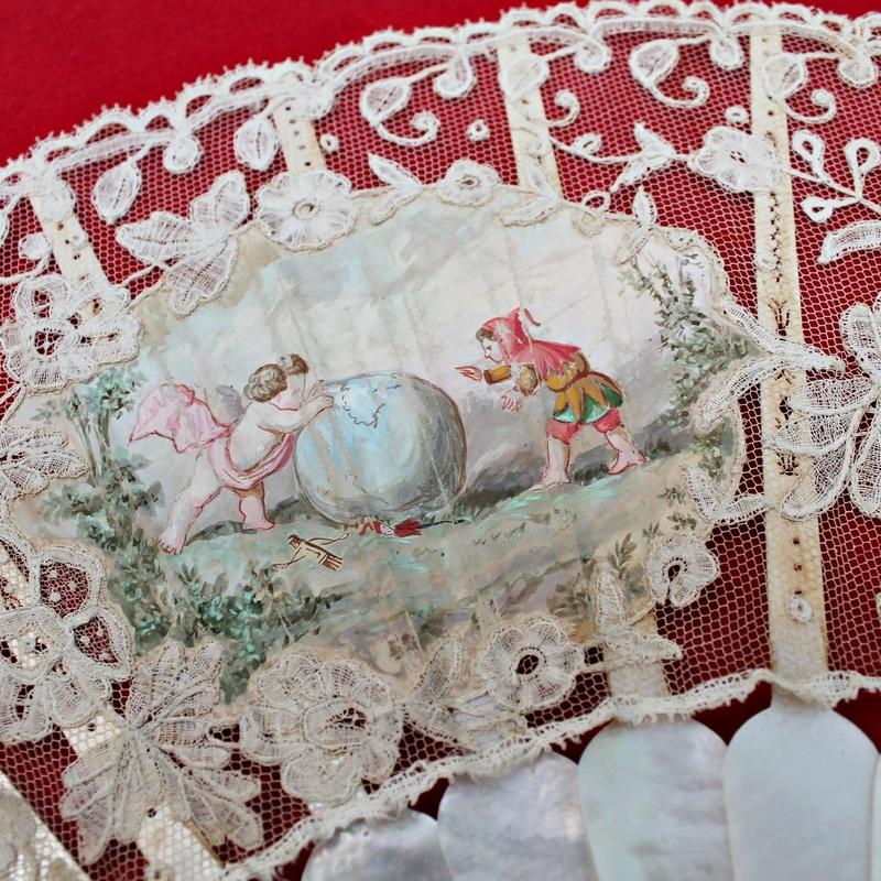 Abanico de encaje de bruselas y nacar S.XIX: Artículos  de Ruzafa Vintage
