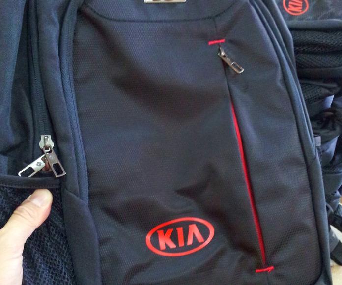 vinilo térmico en mochilas