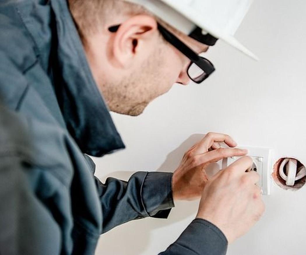 El mantenimiento de las instalaciones eléctricas