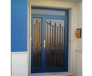 Puertas metálicas de exterior en Castellón