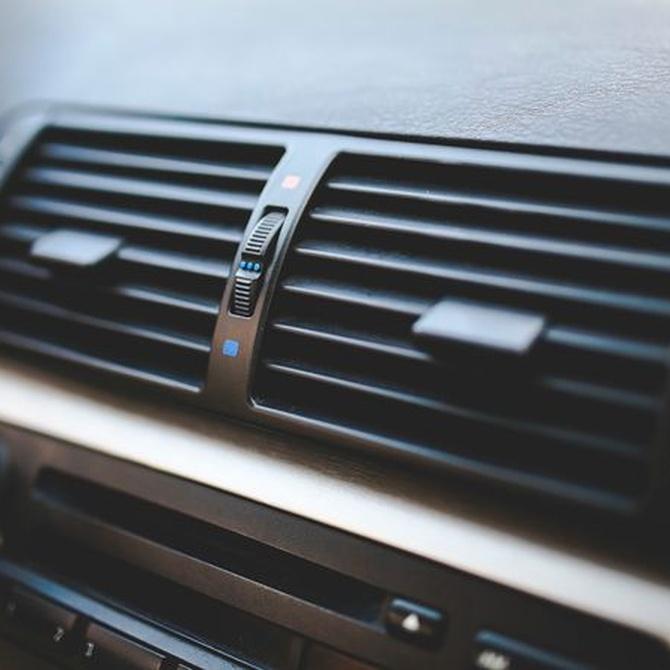 ¿Cuándo recargar el aire acondicionado del coche?