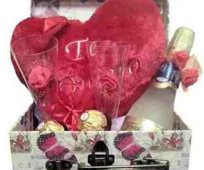 Caja amor 1: Catálogo de Regalos de Floresdalia.com