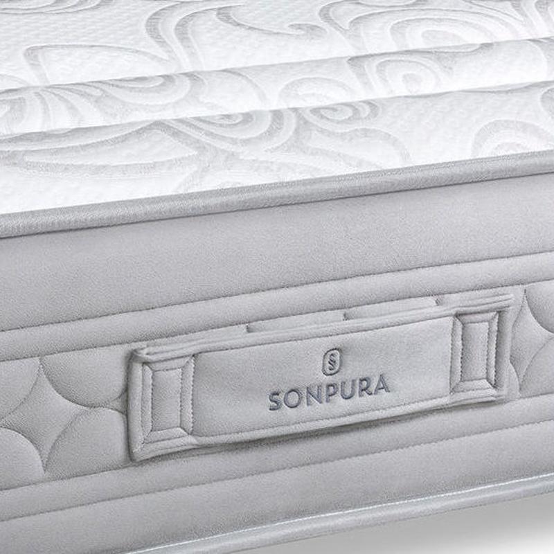 Detalle de plata banda del colchón Indra.