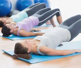 Masaje descontracturante: Tratamientos de Fisioterapia Fis & Fit