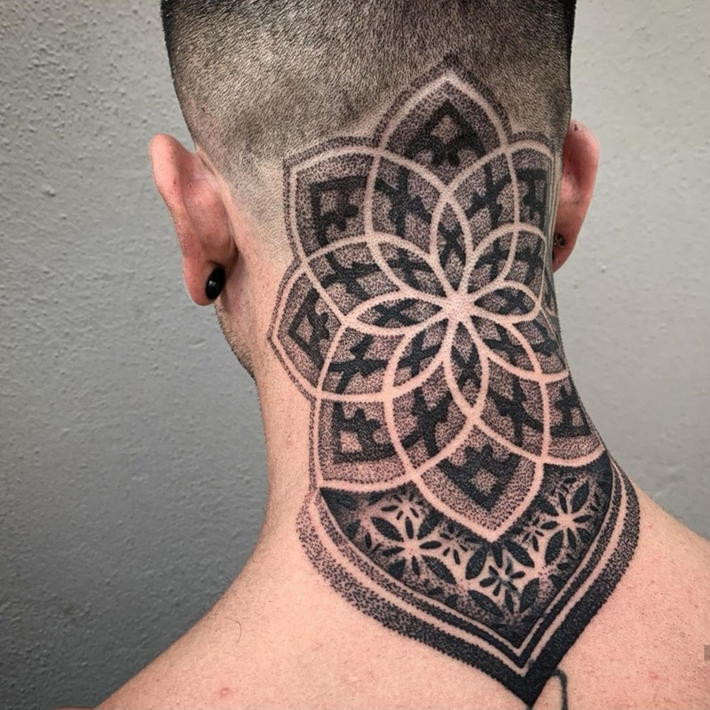 Tatuadores colaboradores -  Juanda Martínez Tattoo: Productos de Adictos Tenerife