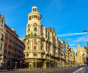 Pasea por las calles de Madrid