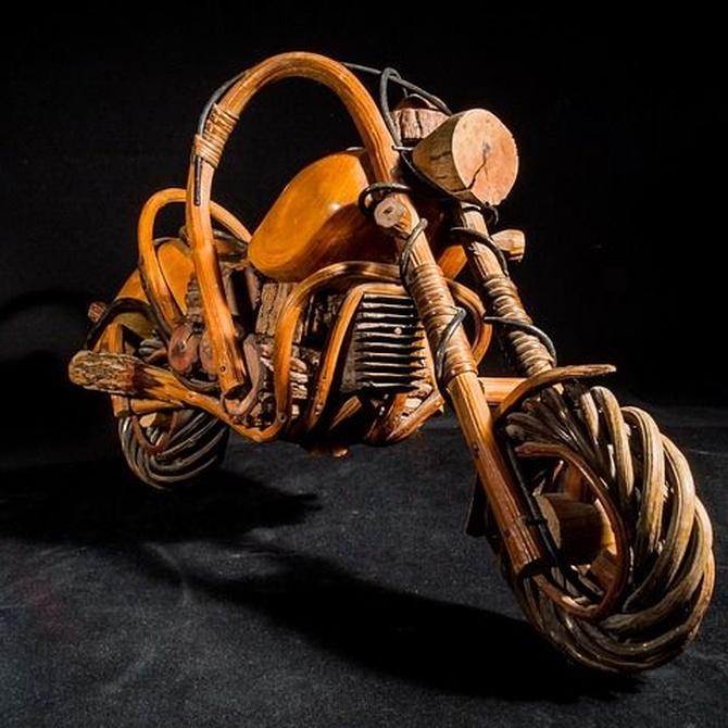 ¿Qué tipo de mantenimiento se realiza en una motocicleta ?