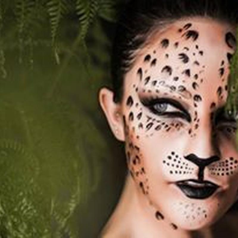 Maquillaje: Servicios de Peluqueria Gato Negro