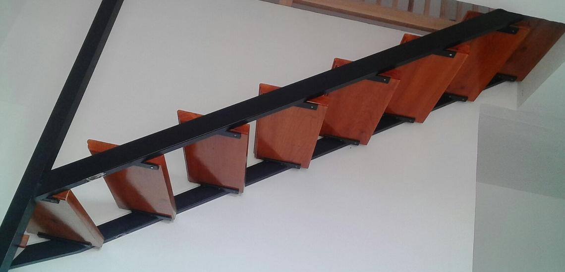 Fabricante de escaleras metálicas en Tenerife