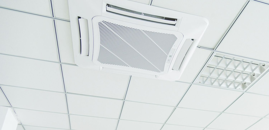 Colocación de aire acondicionado por conductos en Sant Feliu de Llobregat