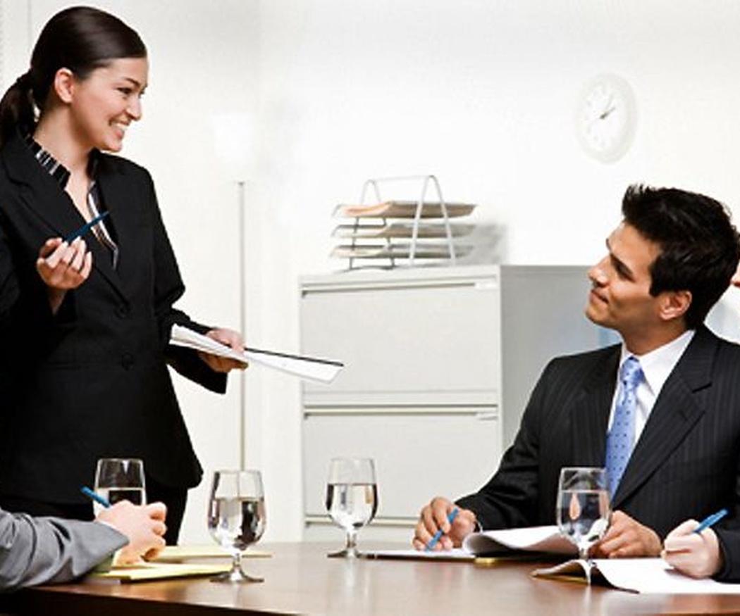 En qué consiste el trabajo de un asesor de empresas