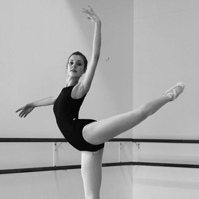 ¿Cuál es la ropa más adecuada para hacer ballet?