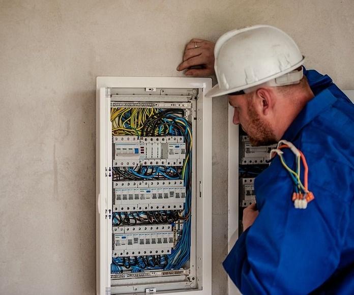 Electricidad: Servicios de Sander Soluciones
