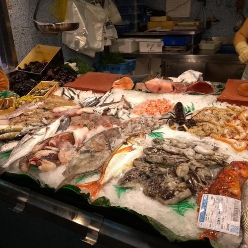 Pescados de calidad en Ciutat Vella, Barcelona
