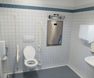 Cómo hacer un cuarto de baño accesible