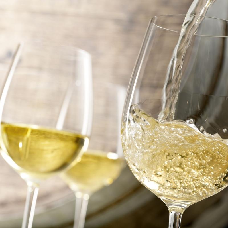 Vinos Blancos: Carta y Raciones de Restaurante El Portón
