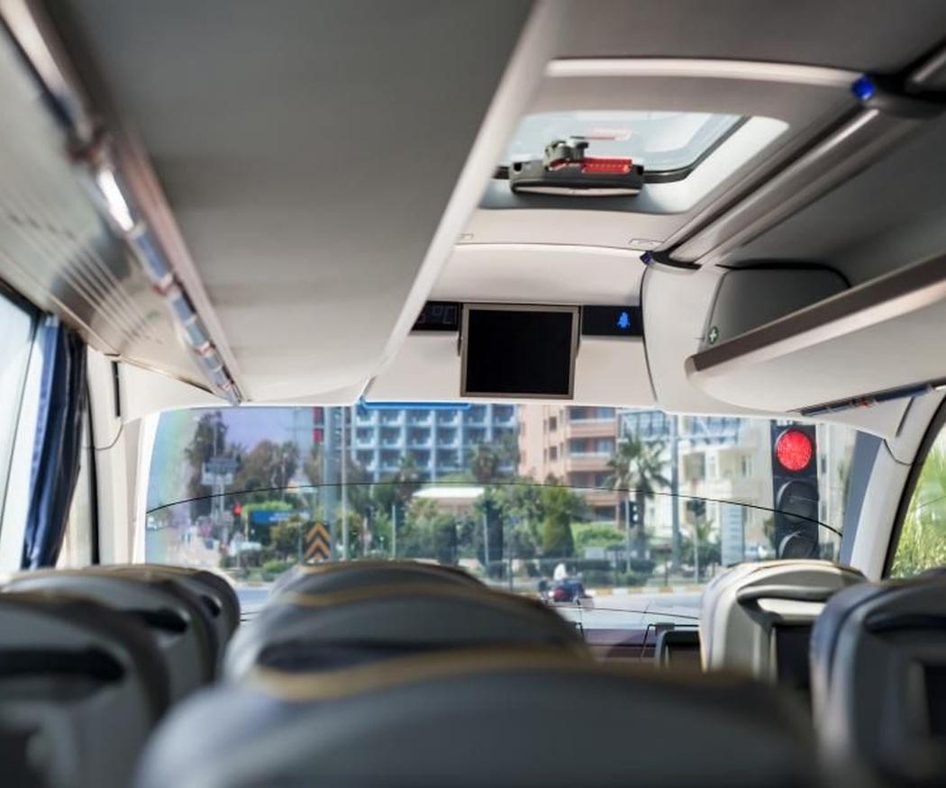 Autocares de distintas capacidades, de 16 a 55 plazas