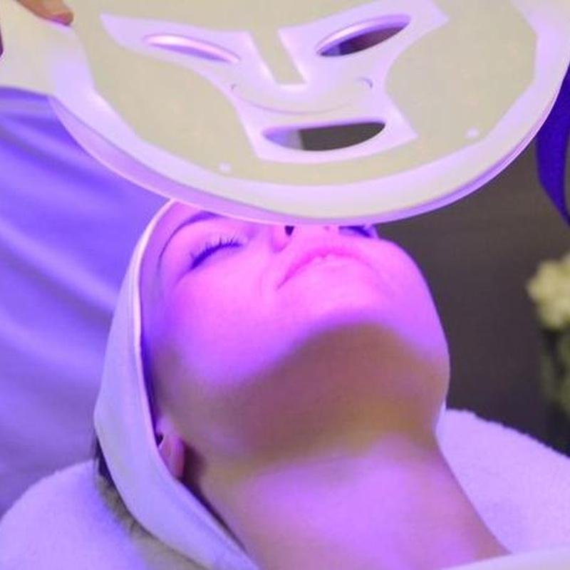 Mascara De Led: Tratamientos de Eterna Belleza