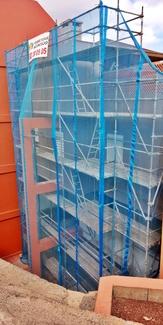 Andamio multidireccional para rehabilitación de fachada. Radazul.