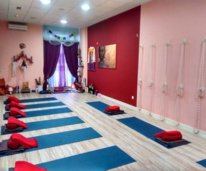 Centro reiki en Tetuán, Madrid | Izel Yoga