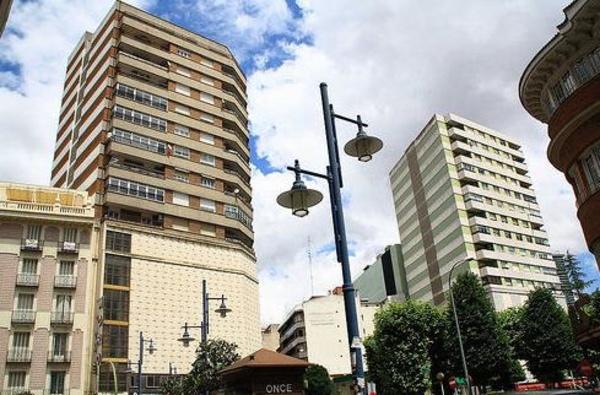 Administrador de fincas en Tenerife - Enrique Santana González
