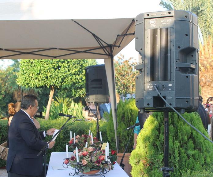 Alquilamos equipos de sonido : Servicios  de A4 Sonido