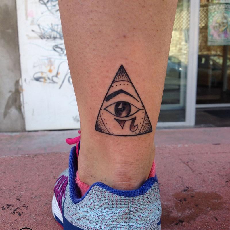 Tatuajes, letras y chiquitattoos: Servicios de Studio Ocho