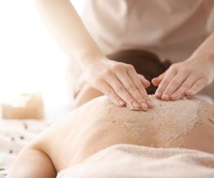 Los importantes beneficios del peeling corporal