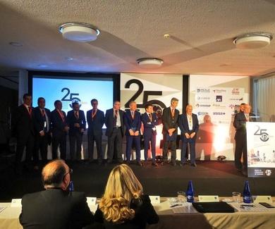 ACS-CV homenajea a sus expresidentes en el Congreso