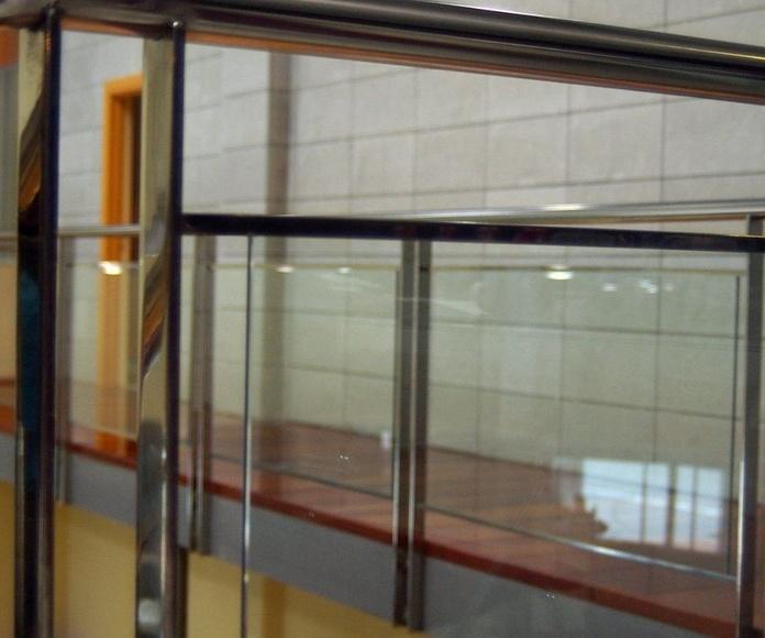 Barandillas de acero: Catálogo de Cristalería Múgica