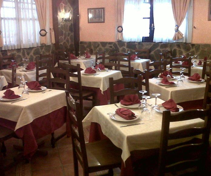 SALON 2: COMEDOR DE CARTA: MENÚS de Restaurante Terraza La Parrilla de Valdemoro