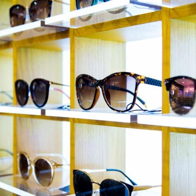 Peligro: gafas de sol falsificadas en verano