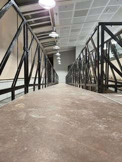 Montaje de rampa de acceso con tarimas Prokt en aeropuerto Tenerife-Sur