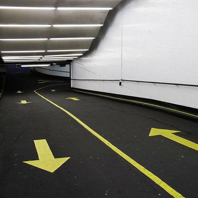 ¿Por qué dejar la limpieza del garaje en manos de profesionales?