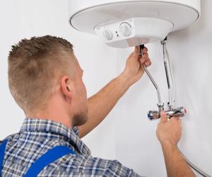 Instalación y mantenimiento de termos de agua