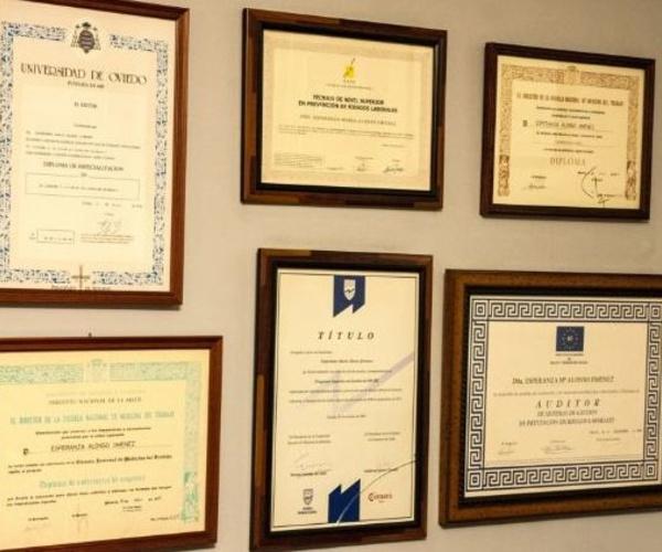 Especialista en medicina legal y forense