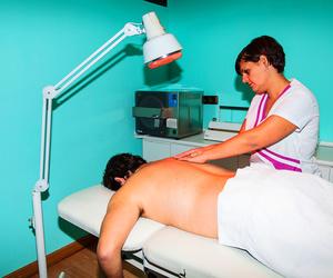 Fisioterapia deportiva en Alcalá de Henares. Masoterapia y termoterapia. Todos los tratamientos SIEMPRE realizados por un fisioterapeuta titulado.