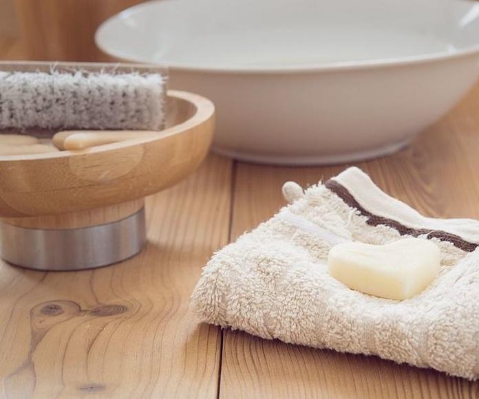 Aseo, higiene personal: Servicios   de Gabinete de Trabajo Social de Córdoba