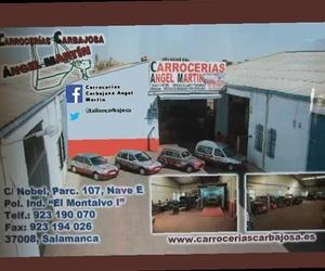 Presentación de los coches del taller
