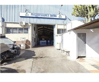 Despieces de coches: Servicios de Autodesguace Tavira
