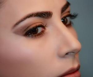Depilación sin afectar a las funciones de las cejas