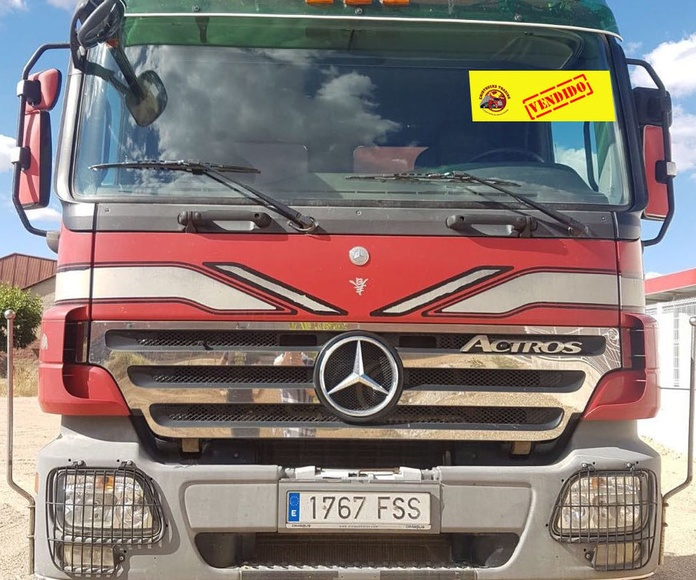 MERCEDES BENZ 2048 AS -- VENDIDO: Vehículos industriales de Emirtrucks Trading