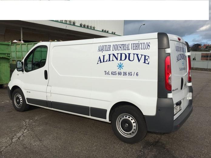 Vehículo de 7 a 8 metros cúbicos: Alquiler de vehículos de Alinduve