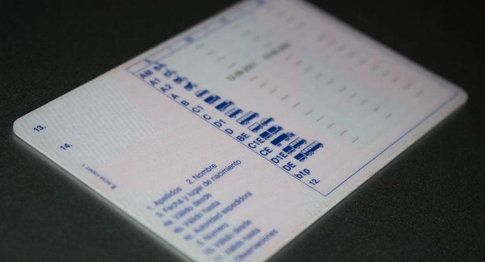 Renovación del carnet de conducir, Arturo Soria