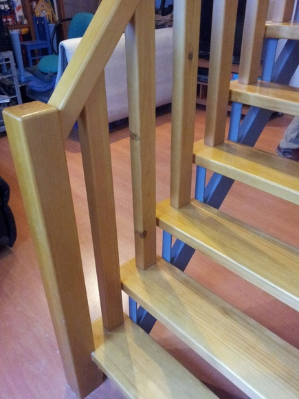 Barandillas y pasamanos: Servicios de Carpintería Orla