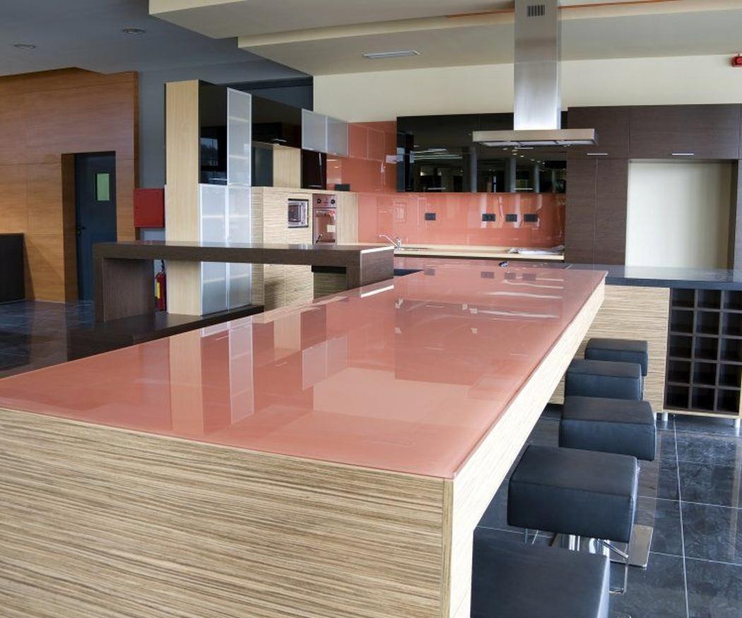 Aplicaciones de la melamina en muebles de cocina