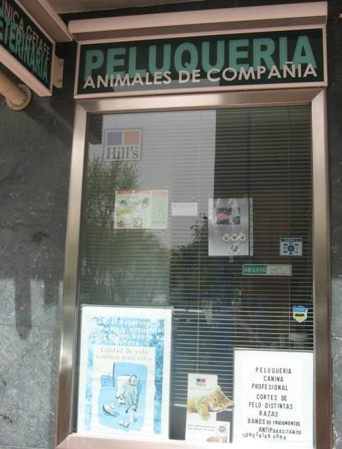 Clínica Veterinaria Getafe=Peluquería Can. y Fel.