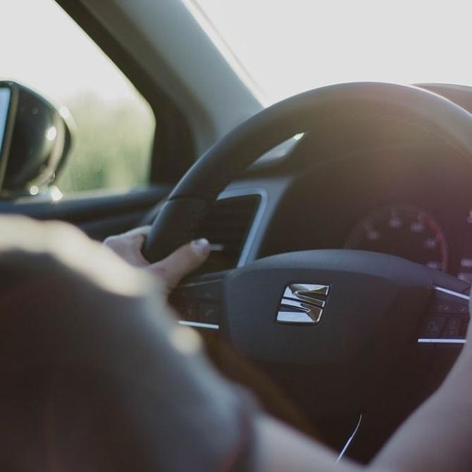 Los riesgos de conducir con el carnet caducado